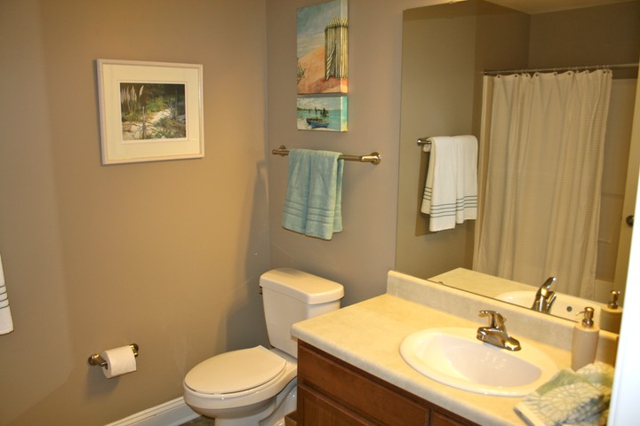 Beautiful, upgraded bathroom finishes | MAY RIVER VILLAGE